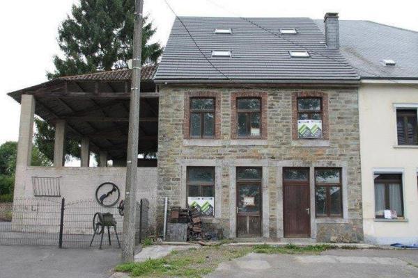 België ~ Wallonië ~ Prov. Luxemburg / Ardennen - Tussenwoning