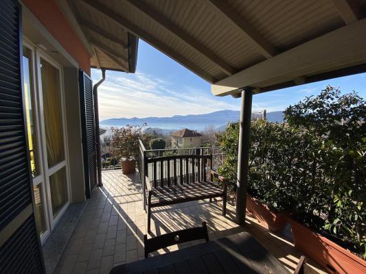 Italië ~ Lago Maggiore - Villa