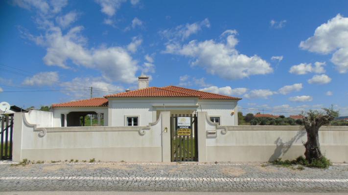 Portugal ~ Santarém ~ Tomar - Villa