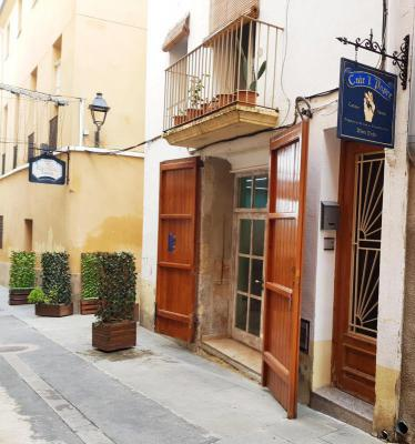 Spanje ~ Cataloni� ~ Tarragona - Stadswoning