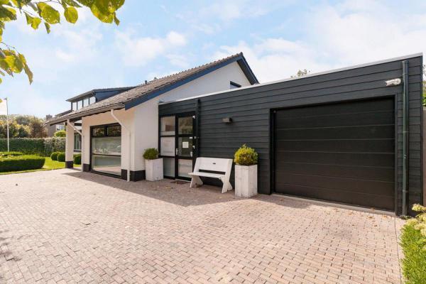 Nederland ~ Zeeland - Villa