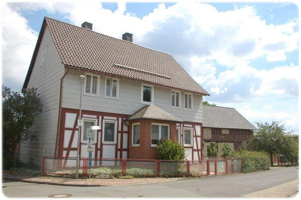 Duitsland ~ Hessen ~ Sauerland - (Woon)boerderij