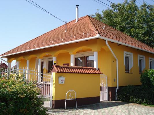Woonhuis te koop in Hongarije - Puszta / Tisza Meer - Bács-Kiskun (Kecskemét) - Kiskunfelegyhaza - € 125.500