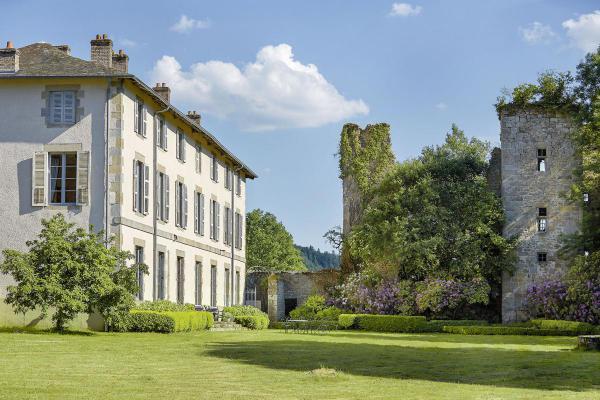 B & B / Pension te koop in Frankrijk - Limousin - Creuse - Thauron - € 1.387.000