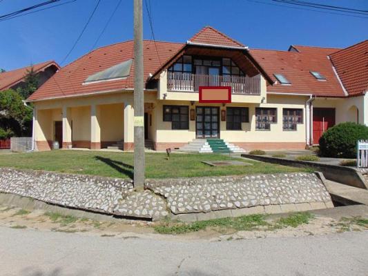 Hongarije ~ Pannonia (West) ~ Baranya (P�cs) - Horeca-object