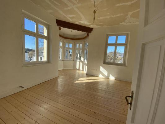 Villa te koop in Duitsland - Nordrhein-Westfalen - Sauerland - Schmallenberg - € 450.000