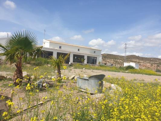 Spanje ~ Andalusi� ~ Almer�a - (Woon)boerderij