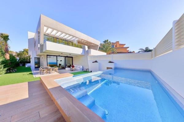 Spanje ~ Andalusi� ~ M�laga ~ Costa del Sol ~ Kust - Villa