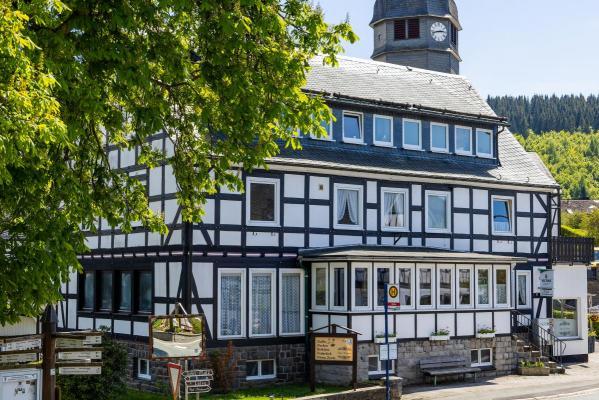 Horeca-object te koop in Duitsland - Nordrhein-Westfalen - Sauerland - Schmallenberg-Nordenau - € 399.000