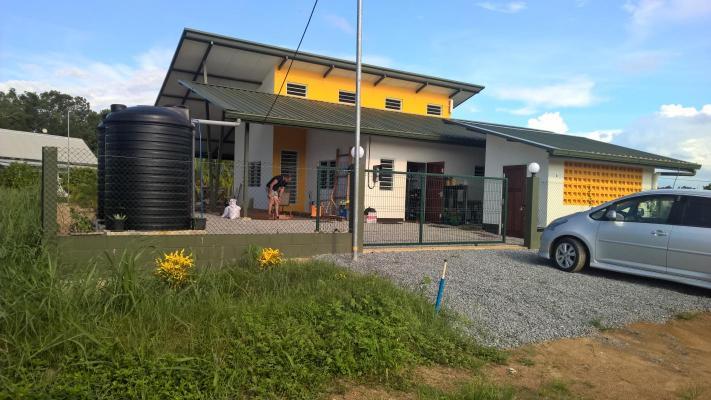 Suriname ~ Commewijne - Villa