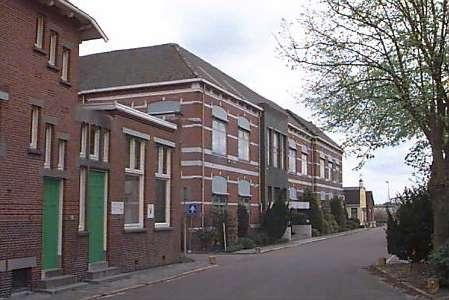 Nederland ~ Groningen - Bedrijfspand -  (M3564)