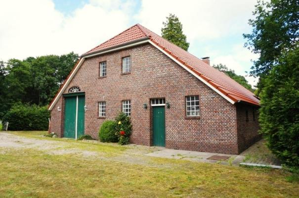 Duitsland ~ Nedersachsen ~ Ost-Friesland - (Woon)boerderij